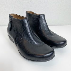 Dansko Black Leather Fifi Ankle Boots size 39